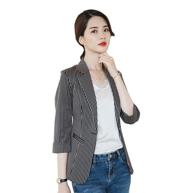2019春夏新款韩版修身休闲港风复古条纹chic西服上衣女外套